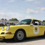 Knallfarben sind auch bei Autos angesagt: Der Porsche 912 Coupe stammt aus dem Jahr 1966.