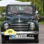 Der FIAT Topolino stammt aus dem Jahr 1952.